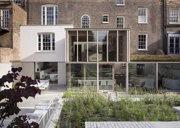old house renovation in london created beautiful glass extension and rh pinterest com