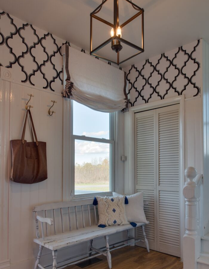 How to hang curtains like a designer. Roman Shade.s Easy step by step tips. #themorrismanor #whitecurtains #Curtainguide #whitelinencurtains #interiordesigner #Homedecor #curtains #windowtreatments #curtainsstyles