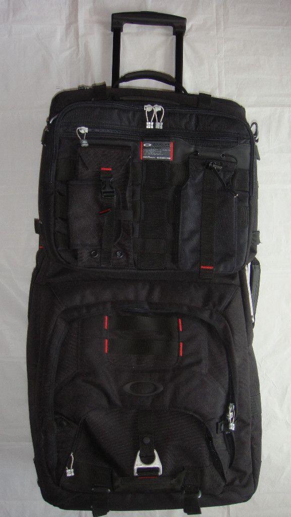 oakley luggage suitcase black w laptop case oakley oakley bag rh pinterest com