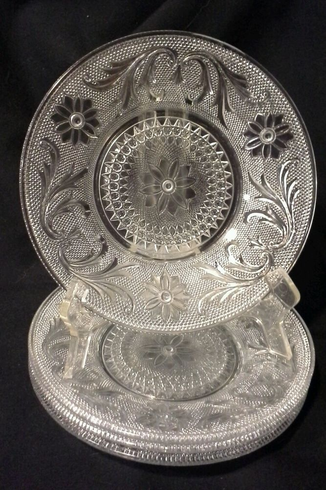 Vintage Indiana Sandwich Glass Dessert Cheese Plates Lot of 4