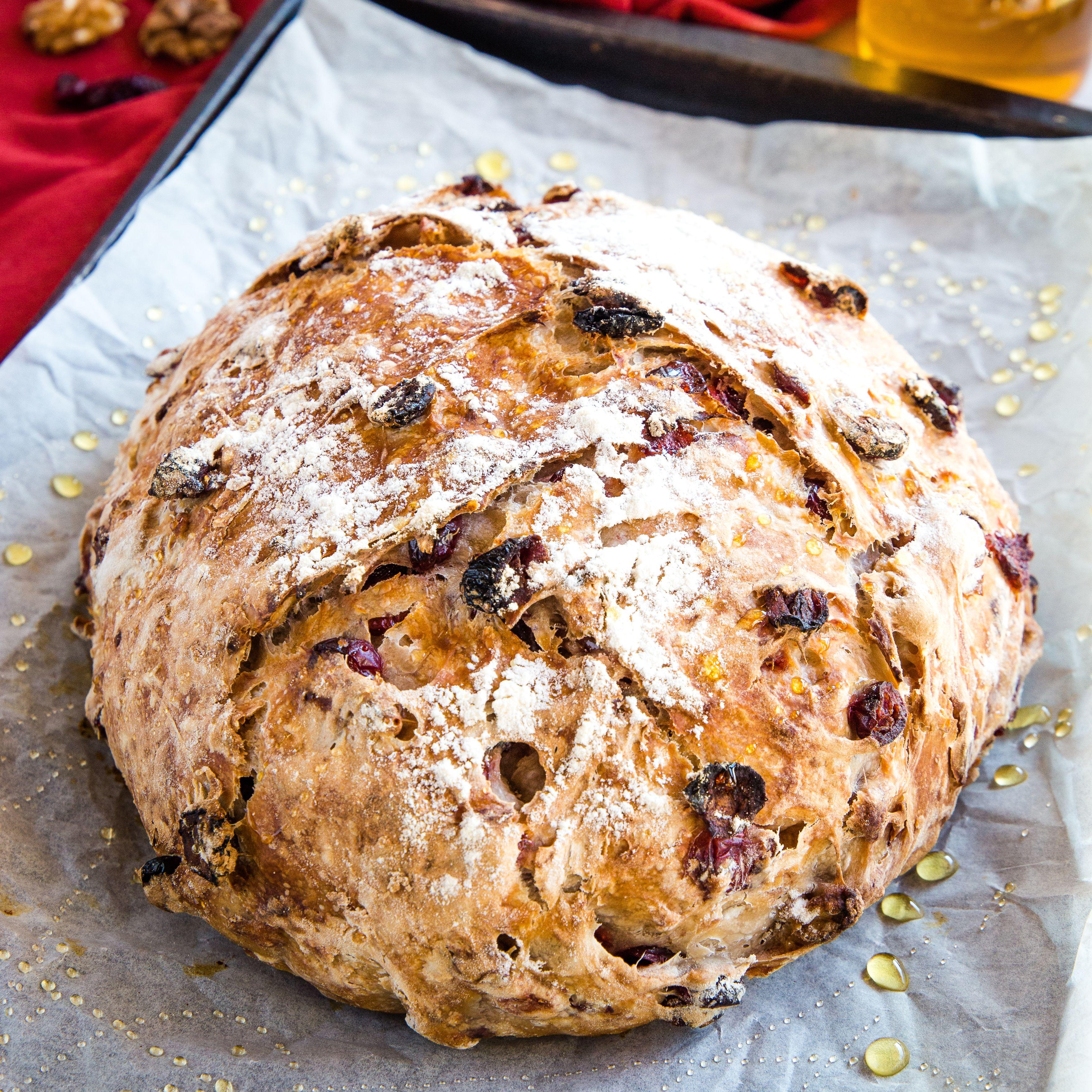 No-Knead Cranberry Walnut Bread with Honey