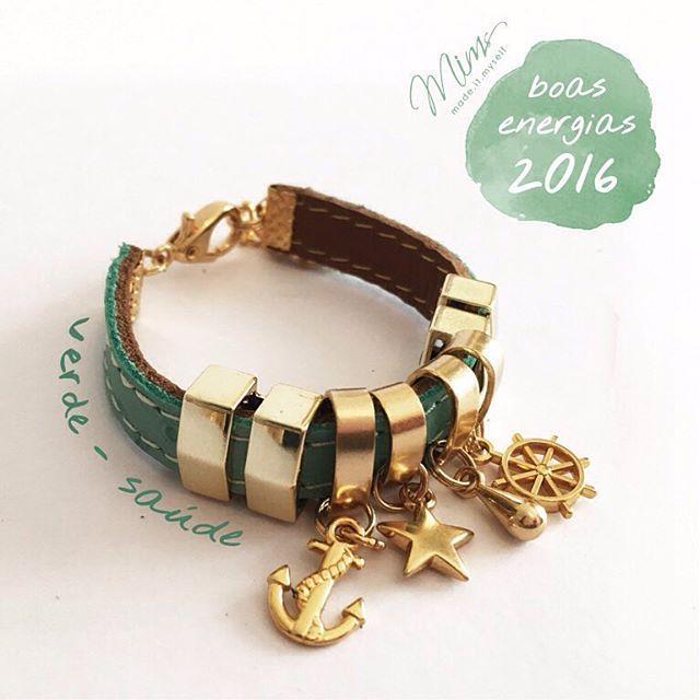 Qual o seu desejo para esse ano que começou agora  Use as pulseiras  customizadas da e7c5493b69