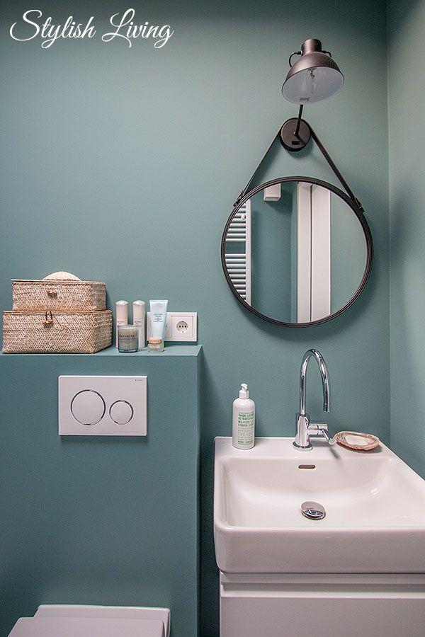 Kleines Bad In Farbe Mit Wandleuchte Lena Von Click Licht De Werbung Stylish Living Gaste Wc Badezimmer Turkis Badezimmer Farben