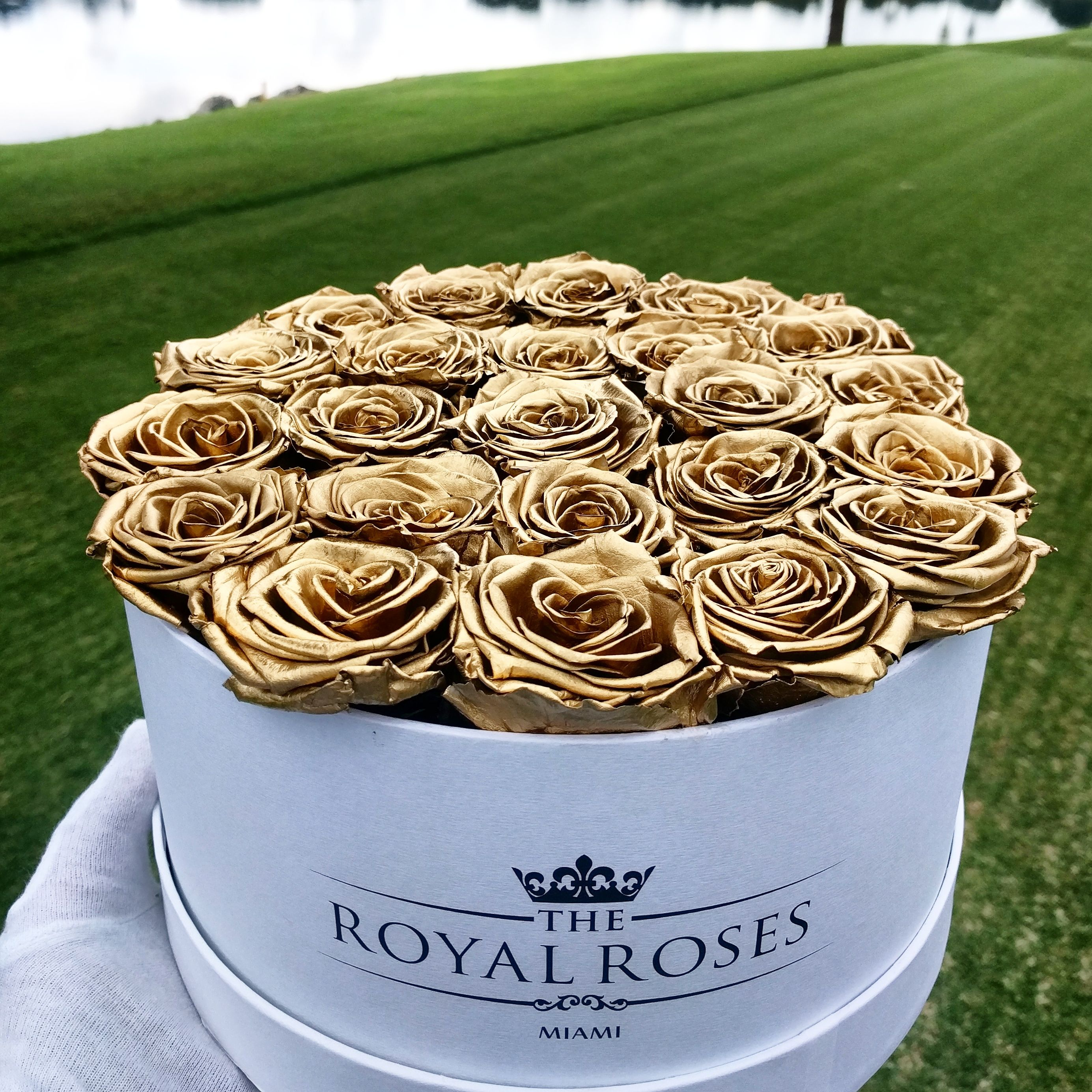 Luxury Preserved Roses That Last Years The Royal Roses In Box Rose Roses Luxury Luxury Flowers