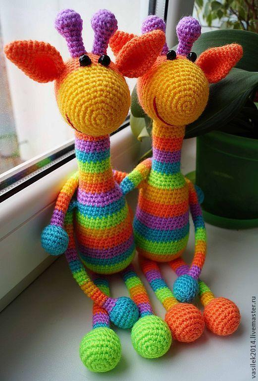 Радужный Жираф-погремушка. Handmade.