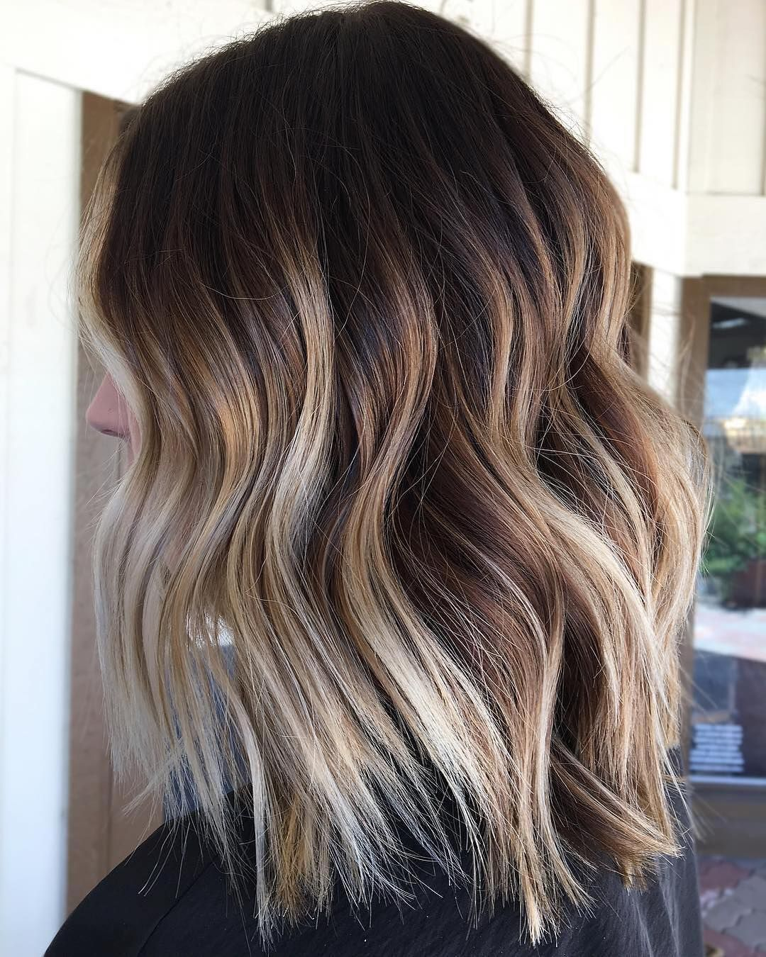 10 trendy brown balayage hairstyles for medium-length hair