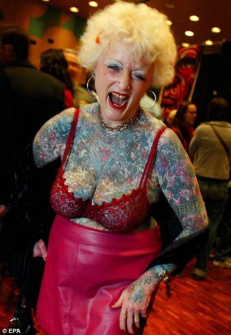The Most Senior Tattooed Woman In The World  Stewed -8945