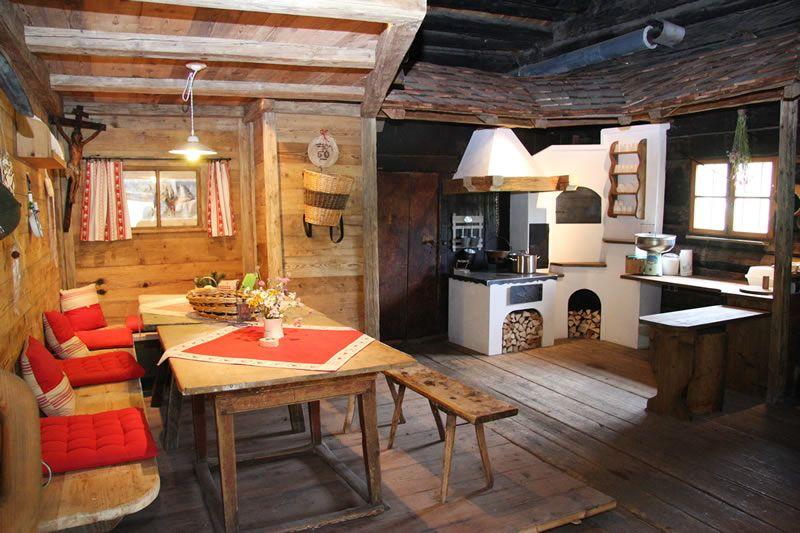 almhuetteseiseralm.jpg (800×533) Küche landhausstil