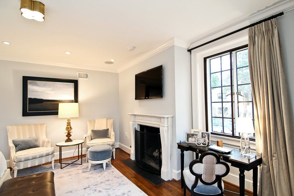 See Inside The 5 3 Million Washington Dc Home That The Obamas Will Move Into After They Leave The White House Obama House Home House