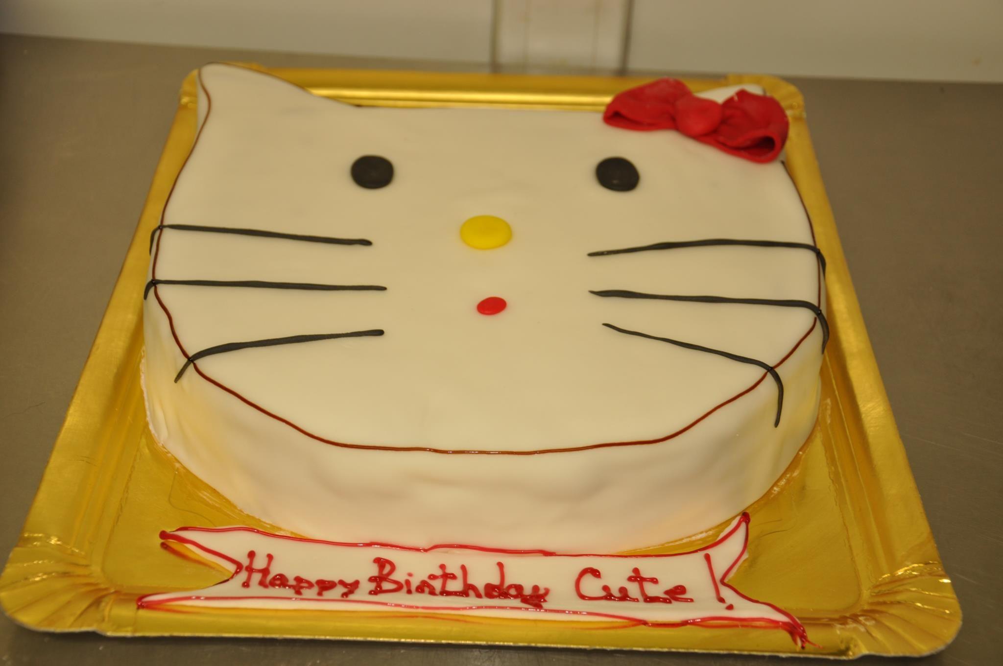 Hello Kitty cake by Tuffli www.tuffli.ro