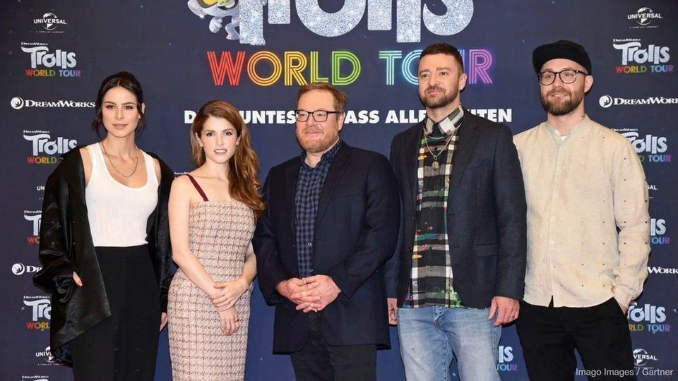 Der Neue Animationsfilm Trolls World Tour Feiert Bald Premiere In Berlin Trafen Sich Die Stars Des Streifens Am M Animationsfilme Mark Forster Entertainment