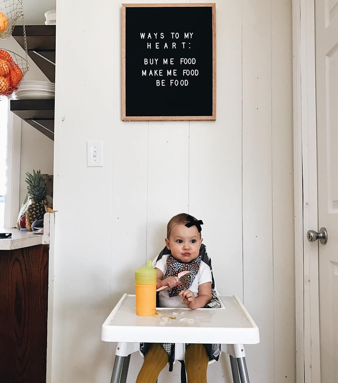 The Writer Oak Baby Messages Monthly Baby Pictures Baby Letters