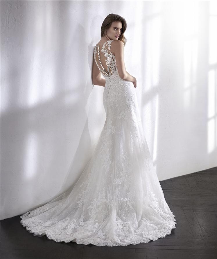 Pin von Atelier Lieblingskleid auf Brautkleider | Pinterest ...