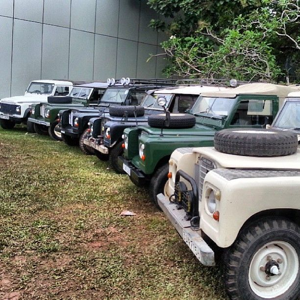 Six Heritage Landrover Vehicles At The 2013 Sri Lanka Car Show Photo By Abdulzcc Regram Tbt Padgram Land Rover Land Rover Defender Expedition Vehicle