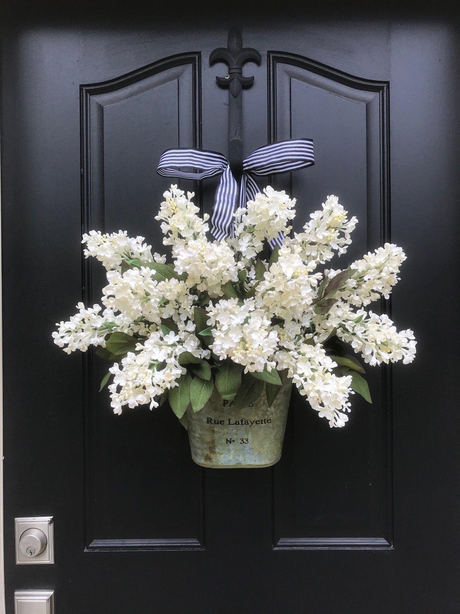 Photo of Weiße lila Kränze für Haustür, Bauernhaus Veranda Dekor, Eimer Flieder Tür hängen