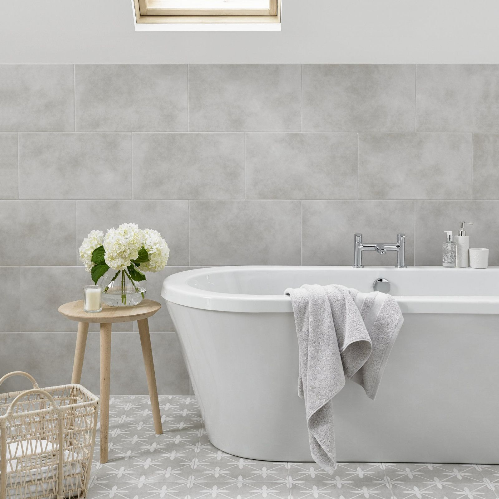 This square 331mm x 331mm feature floor tile is perfect for this square 331mm x 331mm feature floor tile is perfect for creating a distinctive look in dailygadgetfo Images