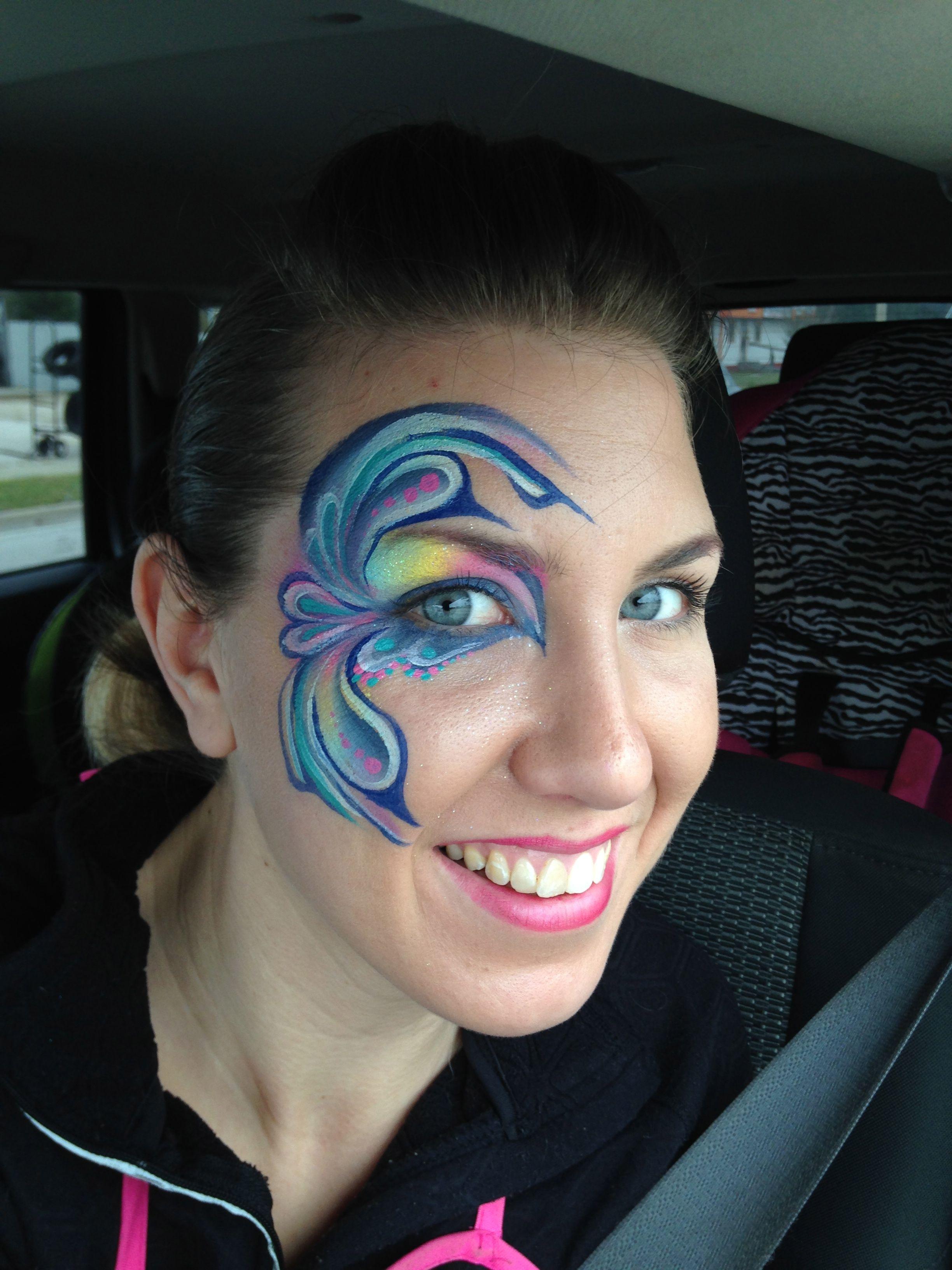 (904) Face paint