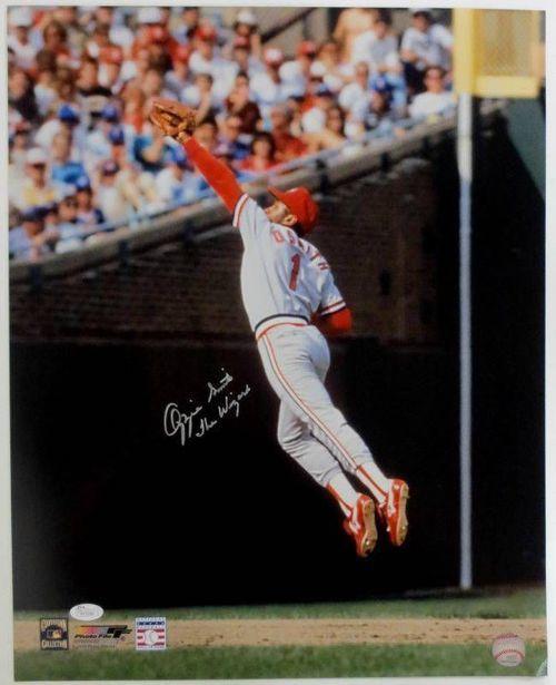 Ozzie Smith St Louis Cardinals Signed 16x20 Jump Catch
