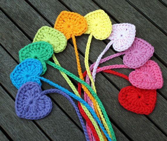 Tutorial bookmark crochet heart