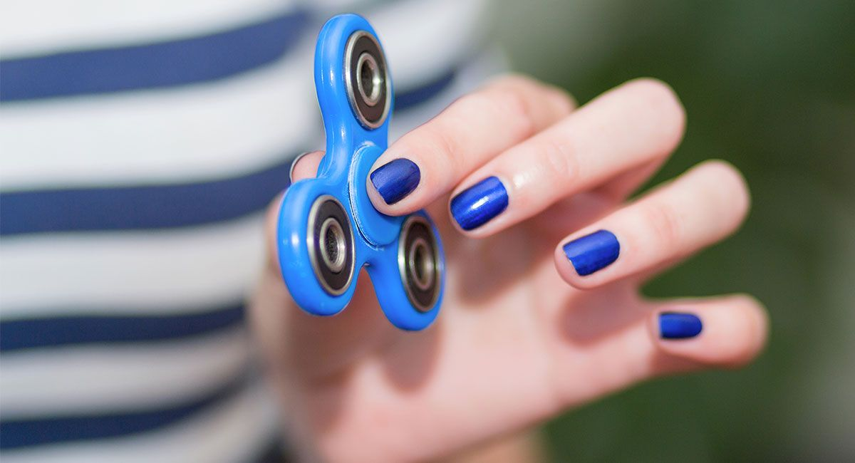 How+to+Use+Fidget+Spinners+and+Their+Benefits+for+Stress ...