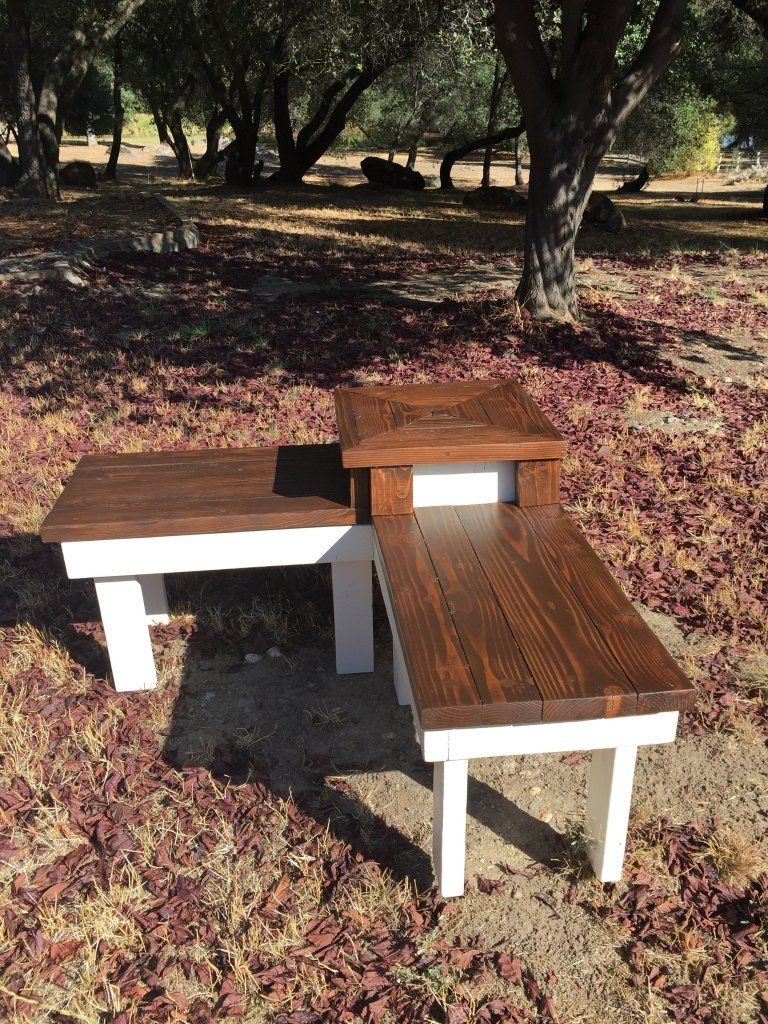 DIY Corner Bench with Builtin Table in 2020 Diy outdoor