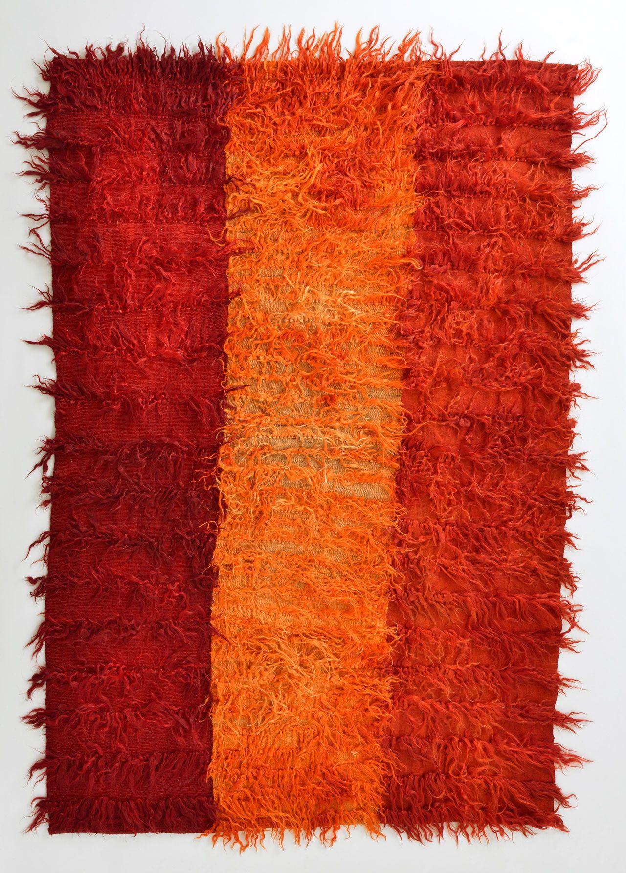 絨毯 ウールを手織り トルコ