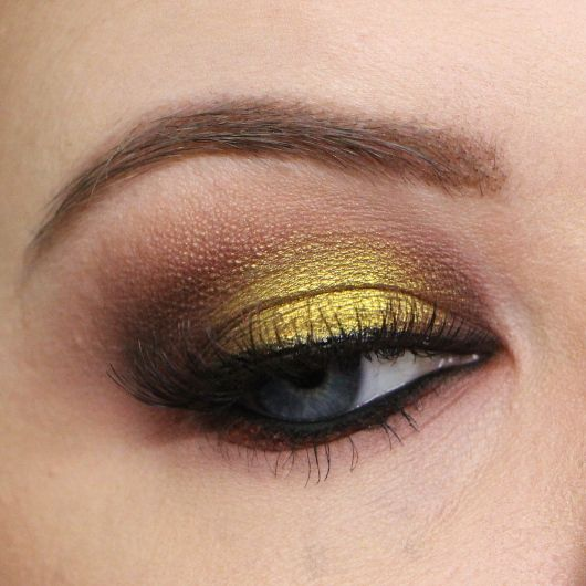 Steampunk Makeup Using Makeup Geek S Liquid Gold Pigment I