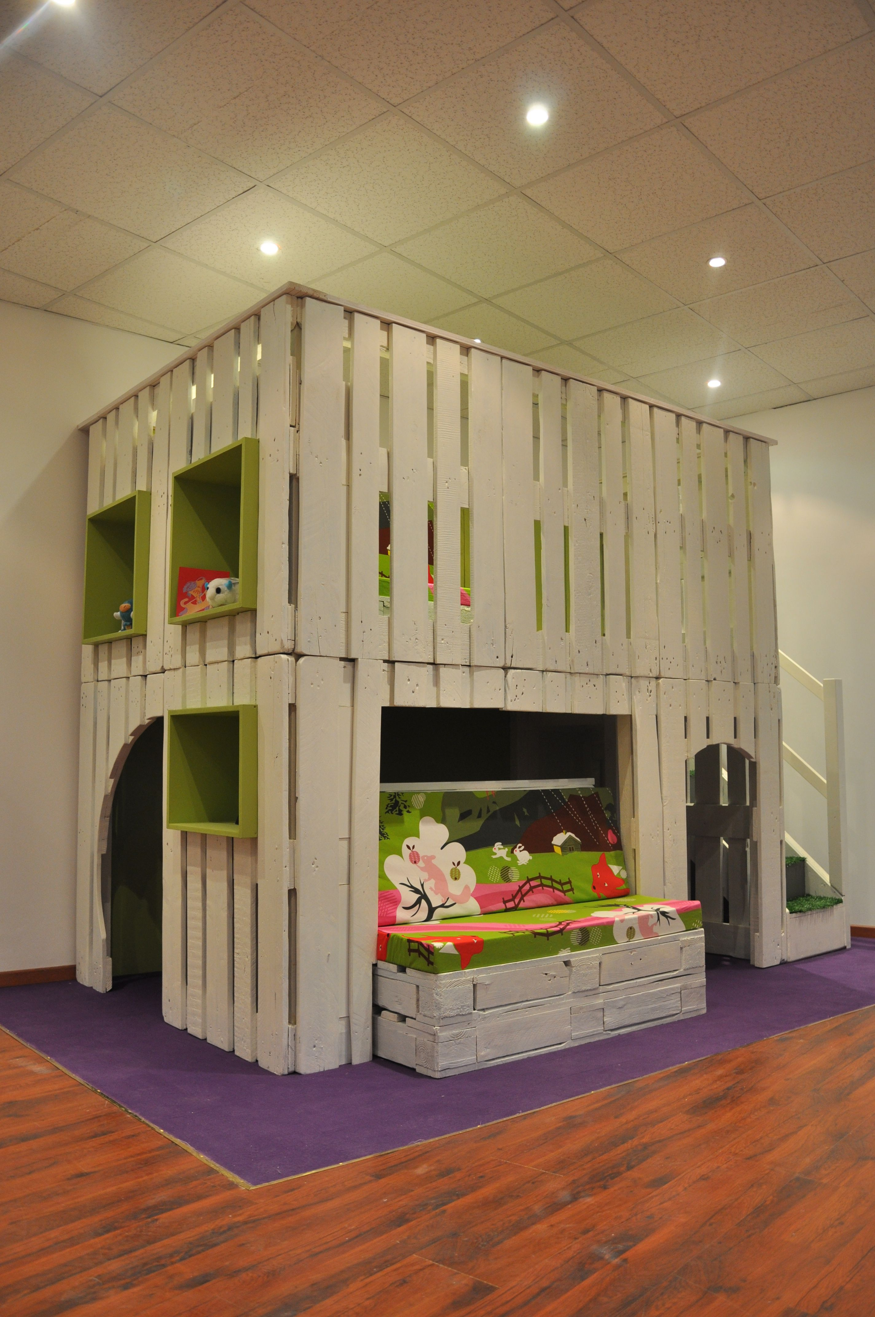la biblicabane la cabane de lecture pour enfants bosch les palettes r cup et. Black Bedroom Furniture Sets. Home Design Ideas