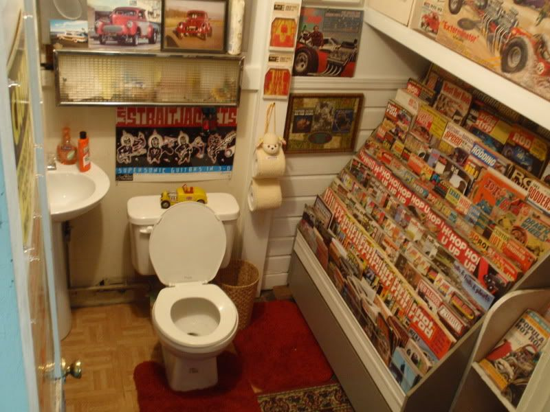 Man Cave Garage Journal : Man cave dream. this is the ultimate garage bathroom. where do you