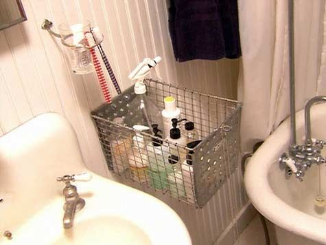 Small Bathroom Decorating Ideas Small Bathroom Design Pictures - Bathroom basket ideas for small bathroom ideas