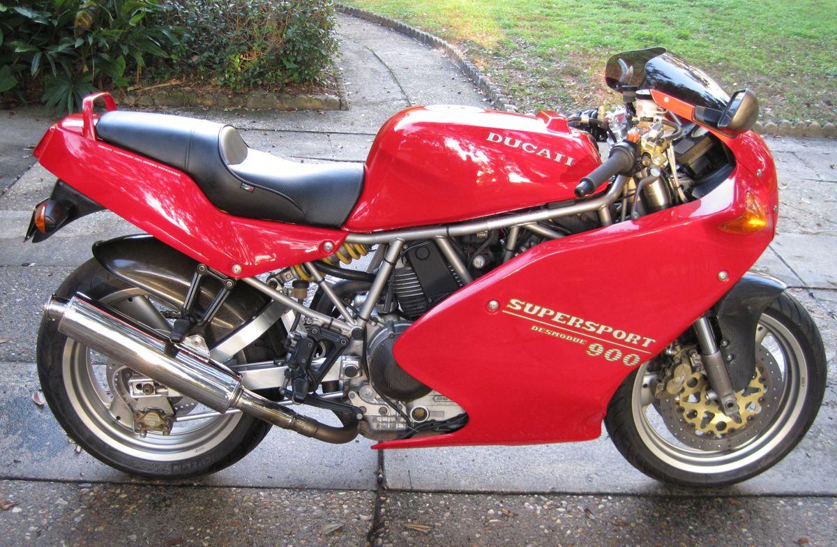 ducati 900ss motorcycle stuff pinterest ducati. Black Bedroom Furniture Sets. Home Design Ideas