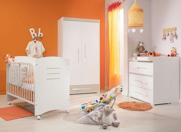 Chambre de bb grise et orange  Une couleur dynamisante   Ide chambre garon  Chambre bebe