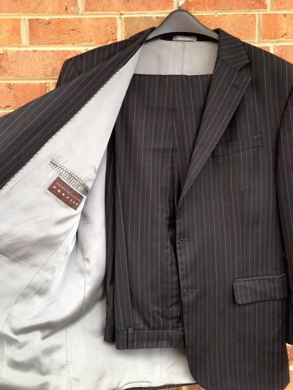 fb4b43558a Oscar de la Renta PROFILE Men's Suit by vintagestyleformen on Etsy, $99.00