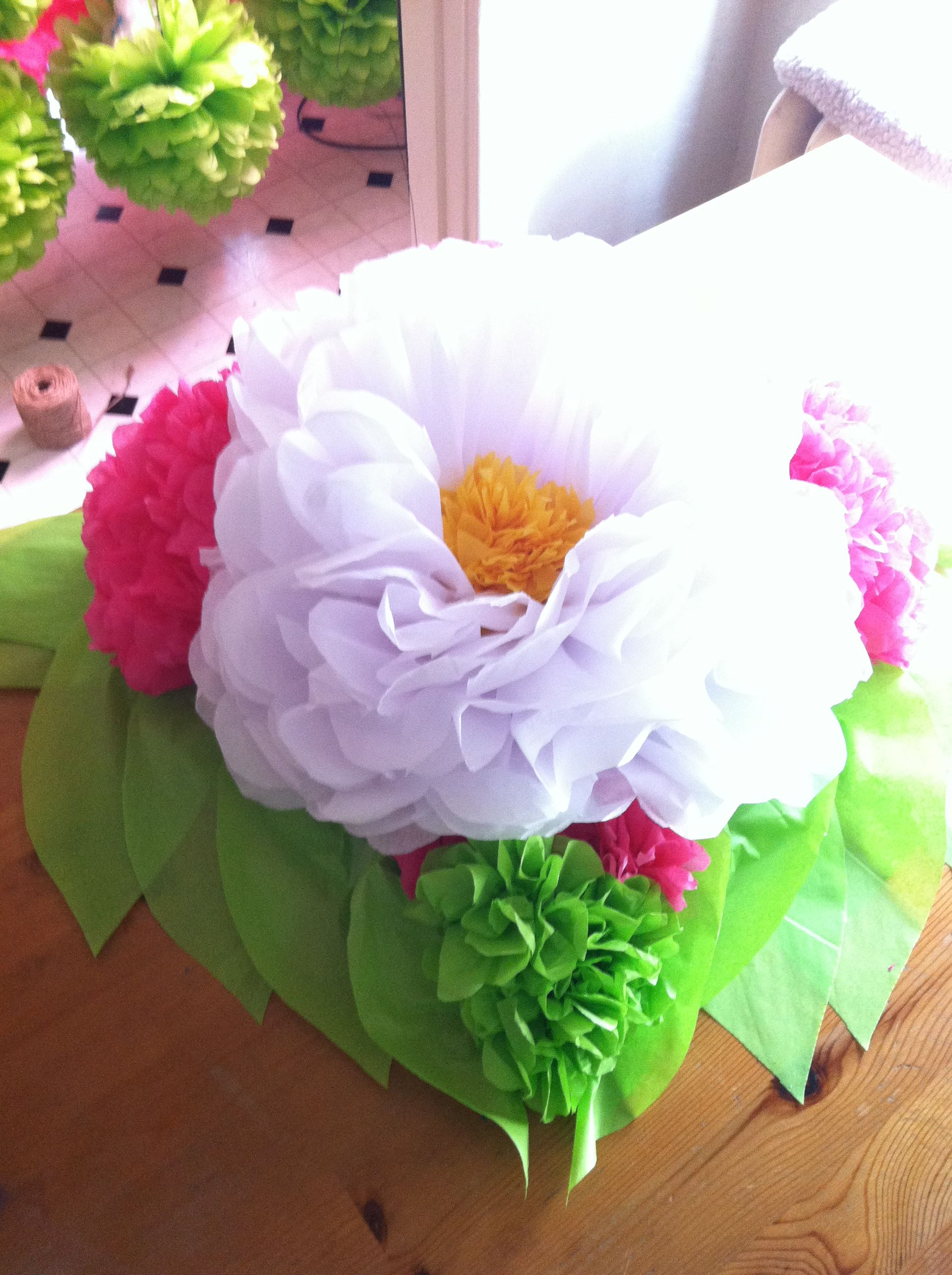 Tissue Paper Flower Centerpiece Tissue Paper Flowers Pinterest