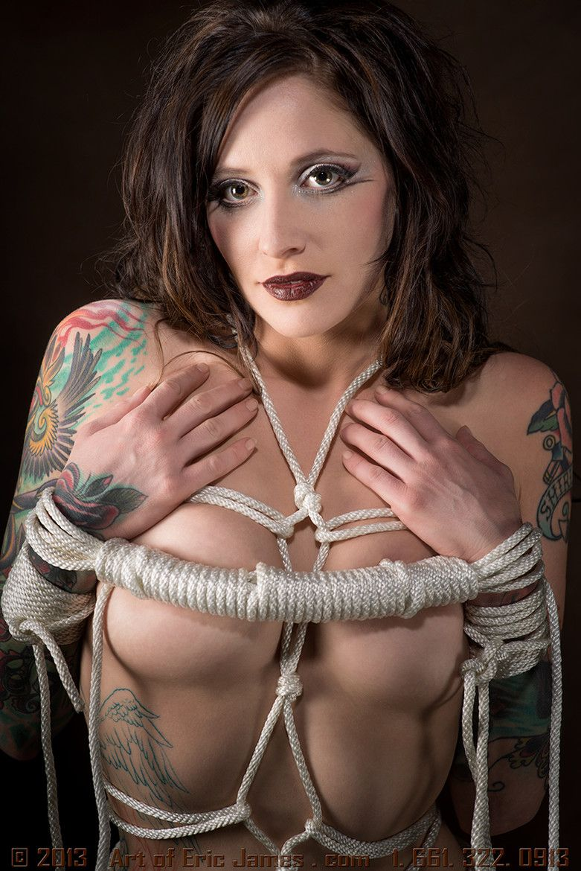 rope-round-the-neck-fetish-asian-girl-sucks-huge-dick