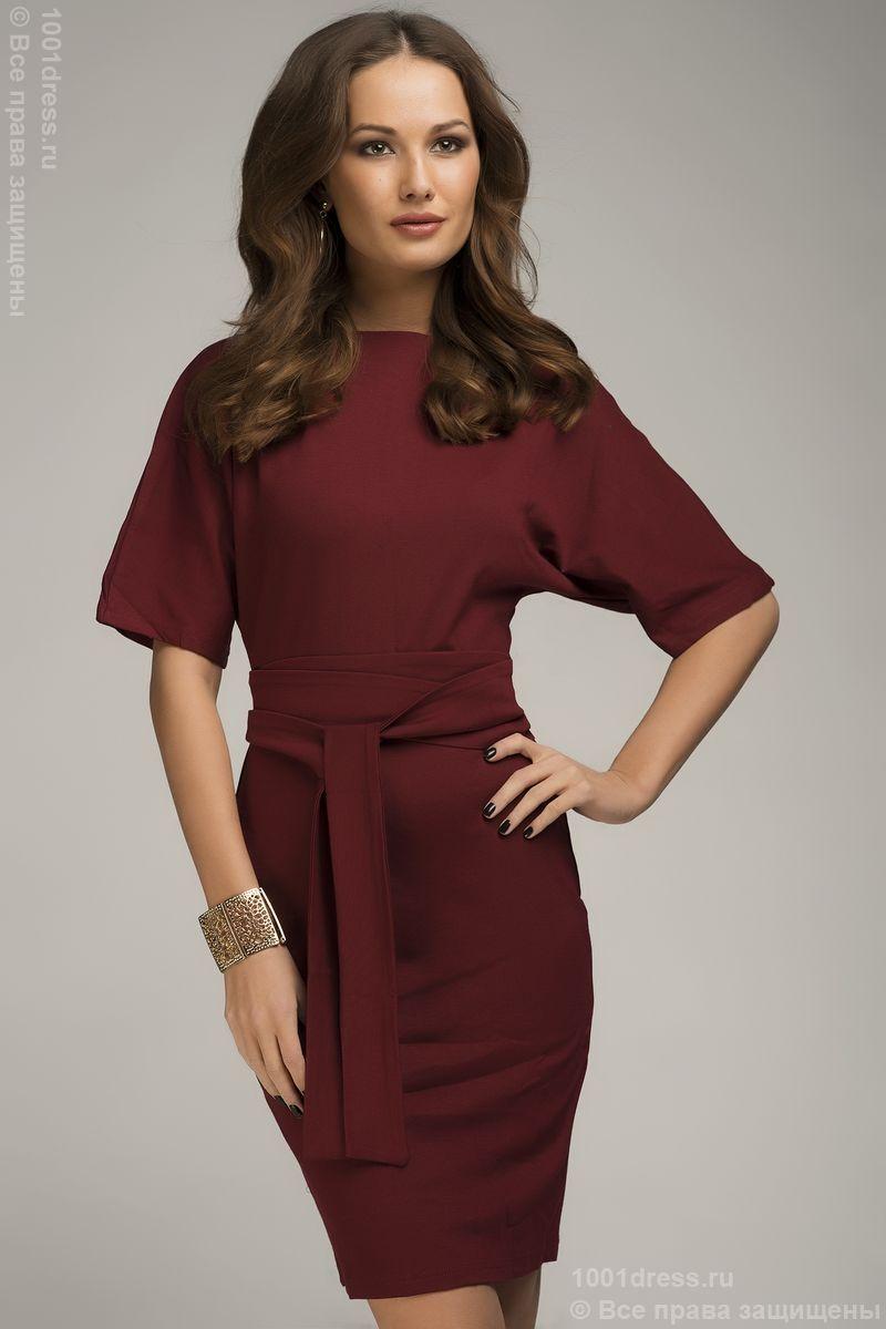 66295bc245a Трикотажное платье бордового цвета длины мини с поясом и рукавом