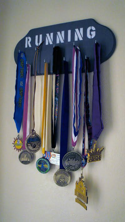 Diy Medal Bib Holder Running Medals Medal Holders Medal Display