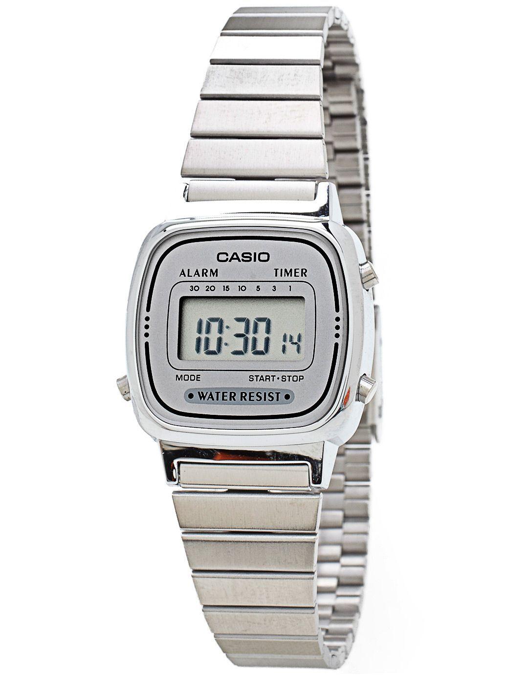 ec956dabf12a Silver Casio Watch.  AmericanApparel I love it