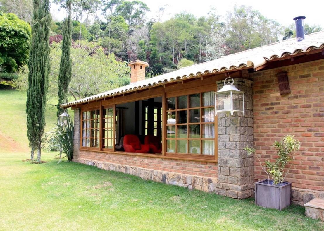 Casa r stica na serra carioca perfeita para curtir o for Terrazas rusticas techadas