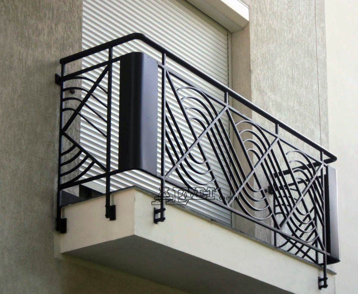 Perfect Balcony Mural Ideas Only In Homesable Design Balcony Railing Design Railing Design Wrought Iron Railing