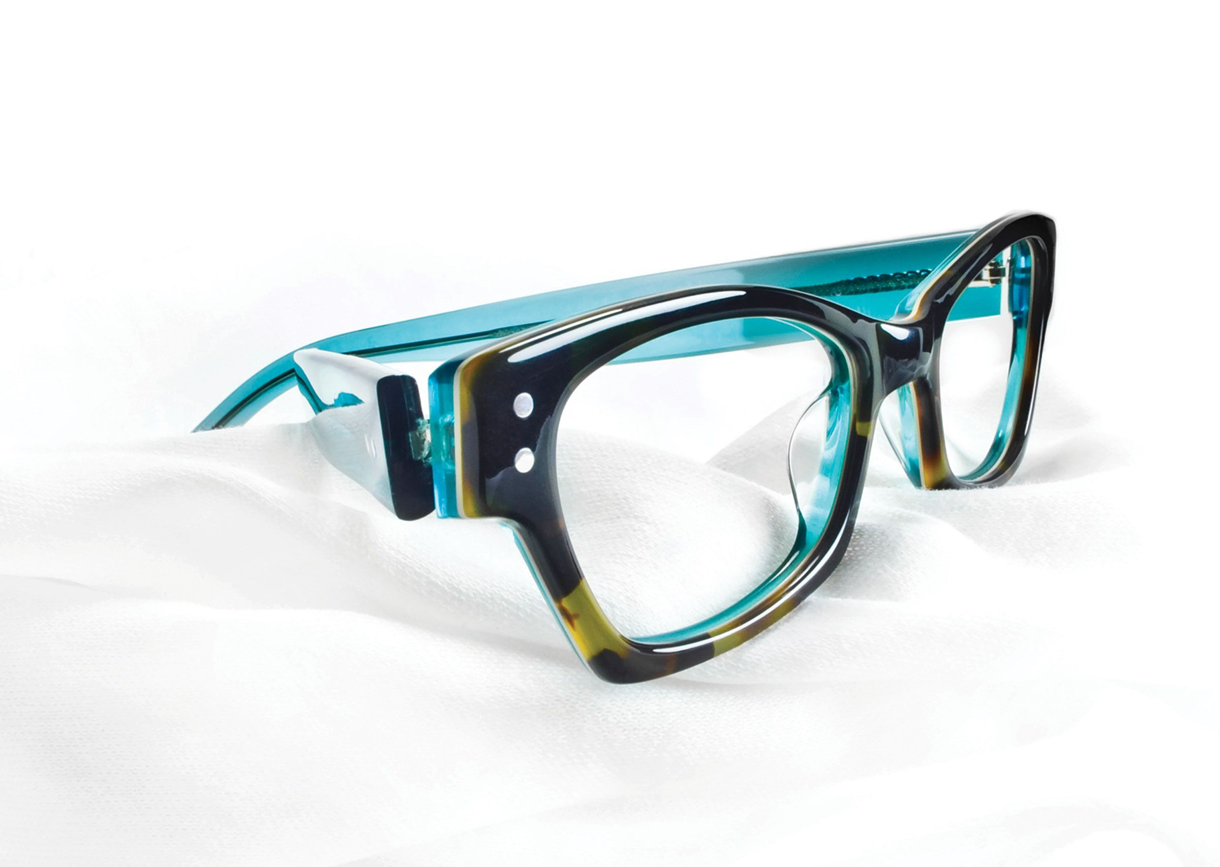 9c49a137644 Sure to be a hit at the Spring Frame show this year!  www.hiemstraoptical.com frameshow.html Ogi Eyewear s 9067 Frame