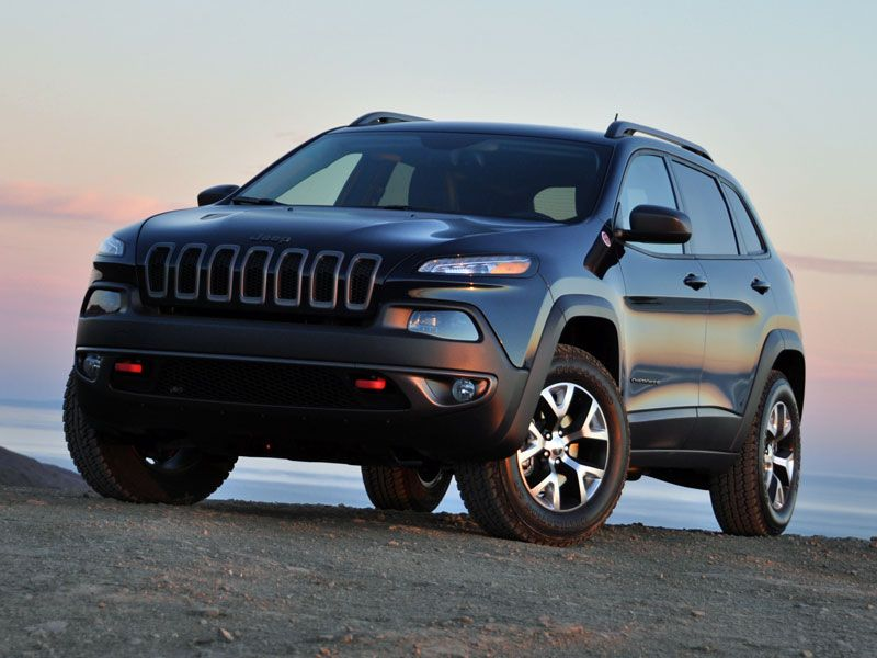 2014 Jeep Cherokee Trailhawk Review And Quick Spin 2014 Jeep Cherokee Trailhawk Jeep Cherokee Jeep Cherokee Trailhawk