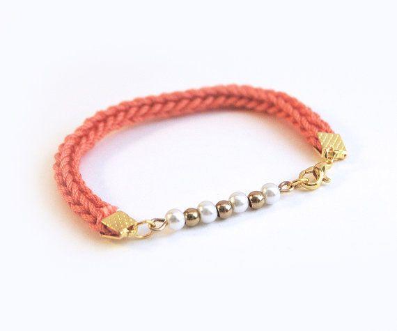 Coral bracelet with beads knit cotton bracelet by LeiniJewelry, €7.90