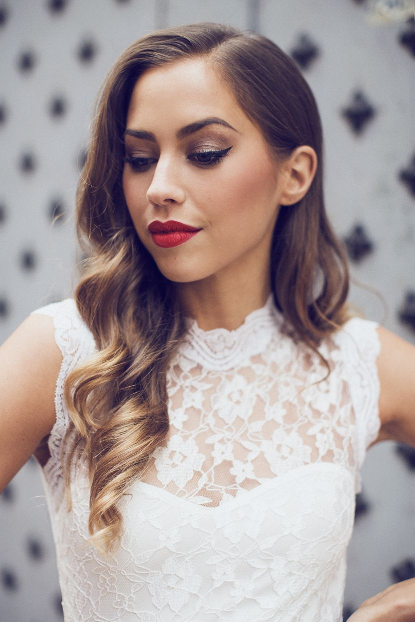 White dress and makeup - Kenzazouiten_ivyrevel_whitelace_n 4