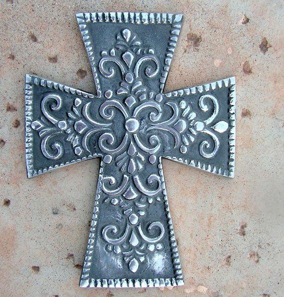 Silver Metal Filigree Crucifix Wall