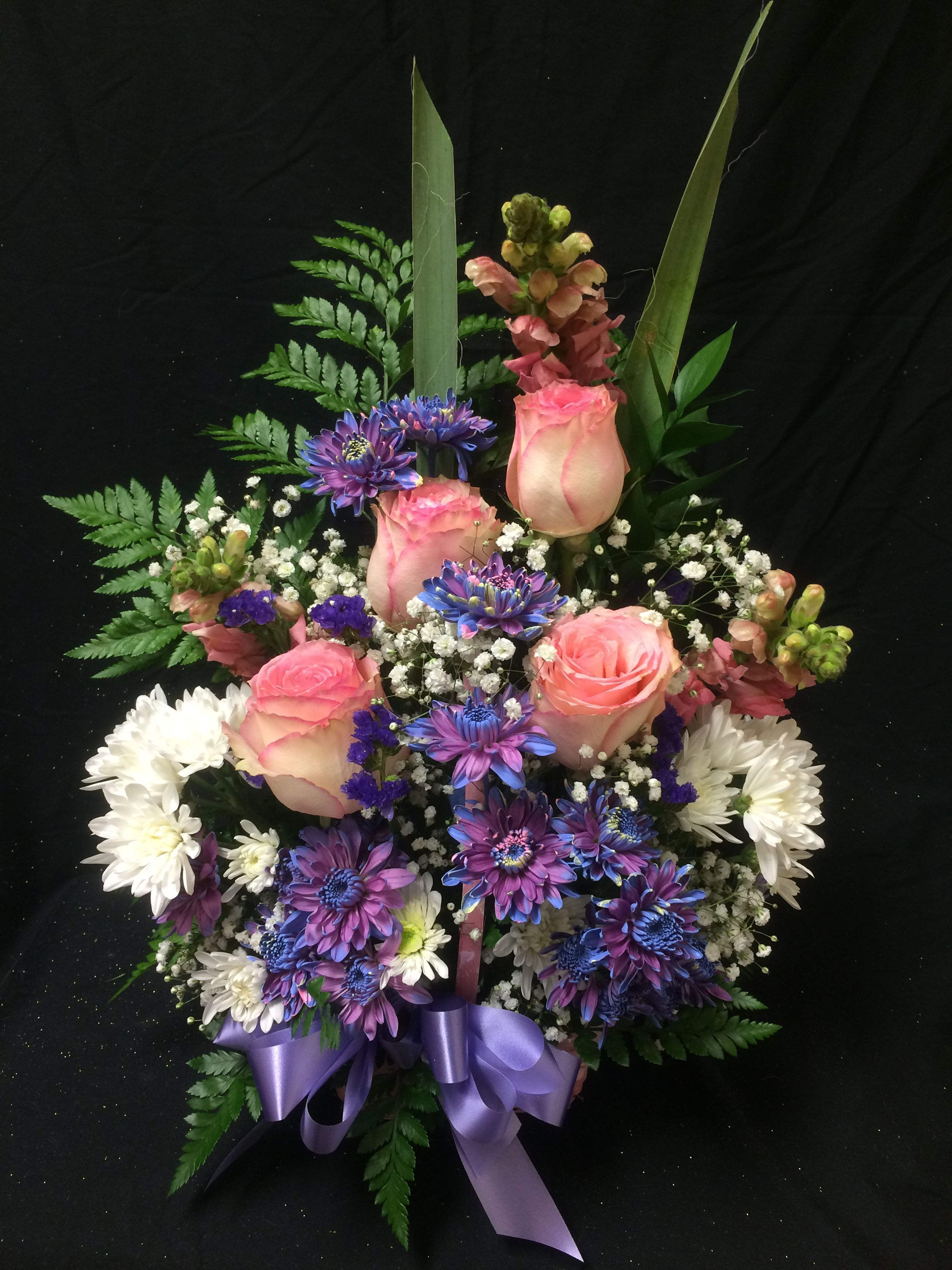 A Fresh Flower Design I Made Flower Arrangements Floral Arrangements Flowers