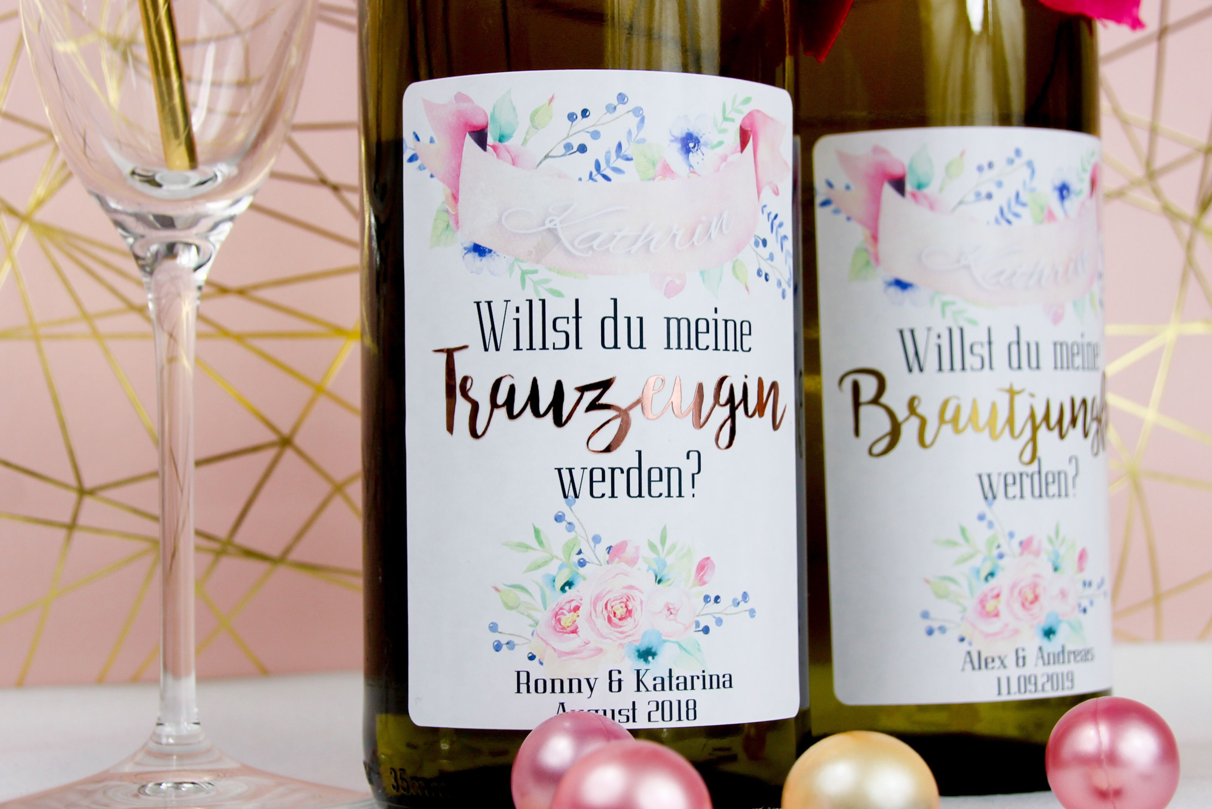 Personalisierte Flaschenetiketten für Trauzeugin und Brautjungfer ...