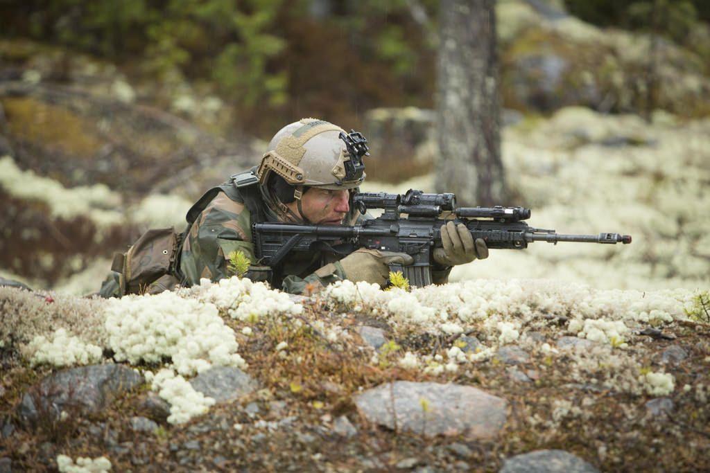 노르웨이 육군 사관학교 전투능력 평가 훈련 - 유용원의 군사세계