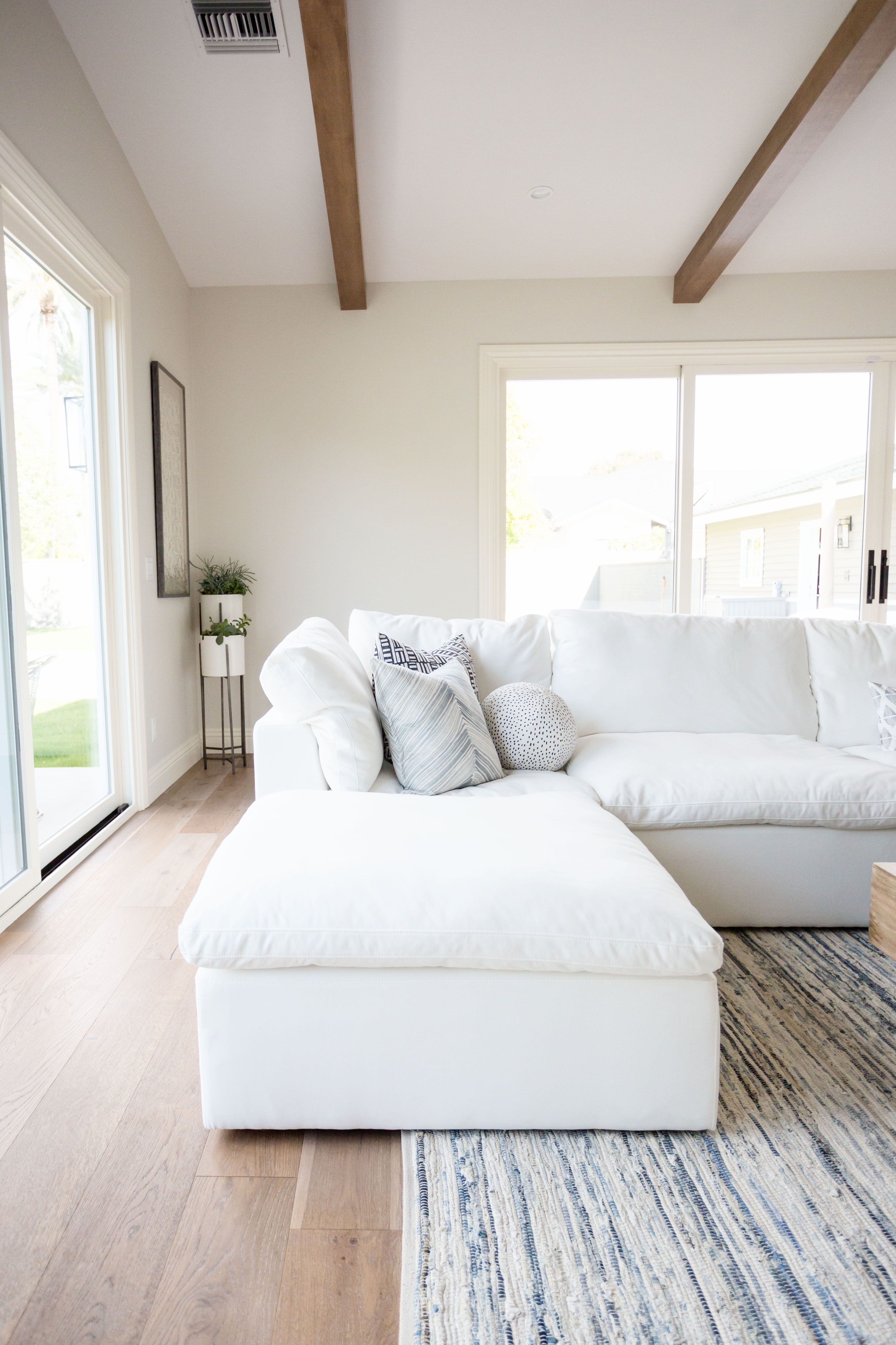 Pin By Stylemeghd On Ghd Design Portfolio Couches Living Room White Sectional Comfortable Couch