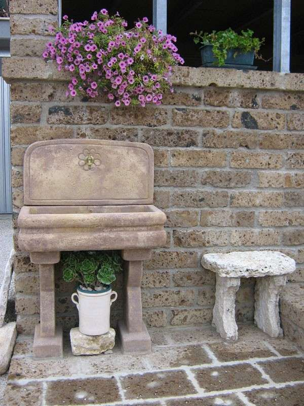 Lavandini in pietra da giardino nel 2018 giardino pinterest garden sink garden e home - Lavandini da esterno ...